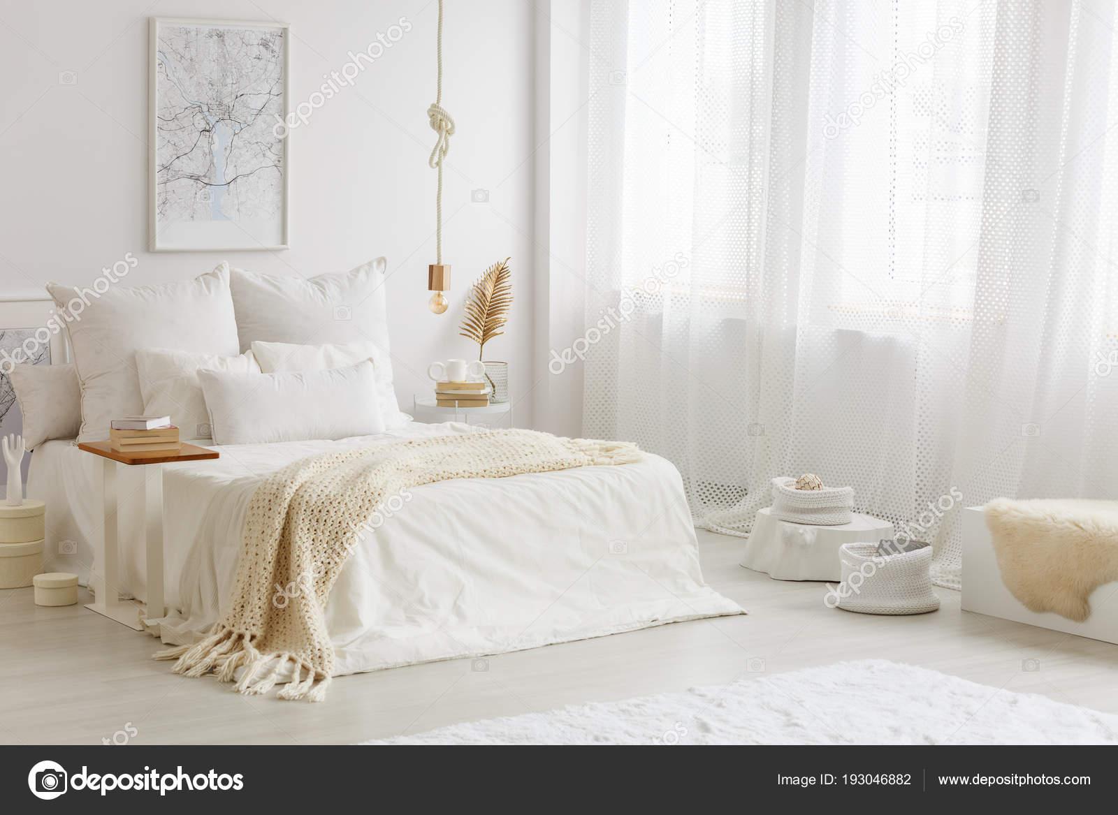 Warm White Gold Bedroom Interior Beige Blanket White Sheets ...