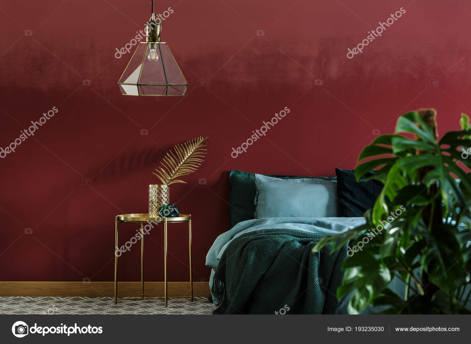 Schlafzimmer Innenraum Mit Glas Lampe Hängend Über Dem Nachttisch ...