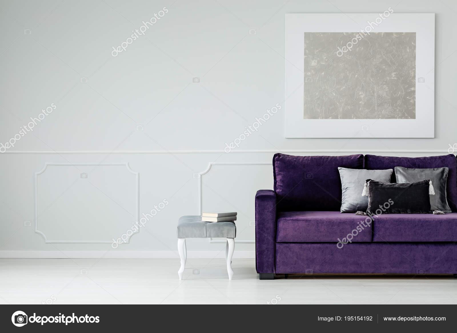 wohnzimmer silber, silber und lila wohnzimmer — stockfoto © photographee.eu #195154192, Design ideen