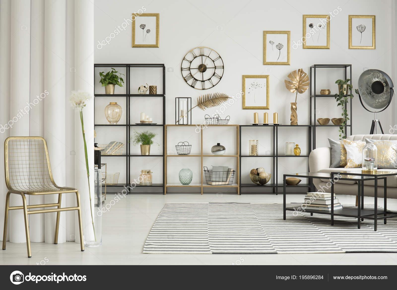 Gouden Stoel Paardebloem Elegant Woonkamer Interieur Met Tekeningen ...