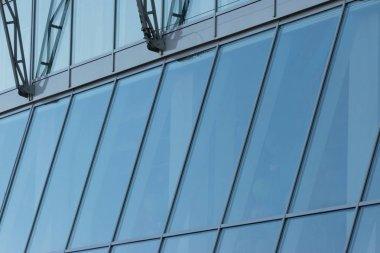 """Картина, постер, плакат, фотообои """"стеклянные прозрачные окна на фасаде современного высотного офиса или коммерческого здания в центре большого города отражают голубое небо картины нью-йорк"""", артикул 316782586"""