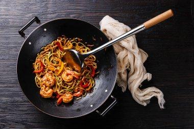 Udon stir fry noodles