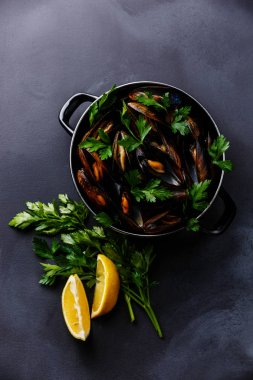 Mussels Clams in cooking pan