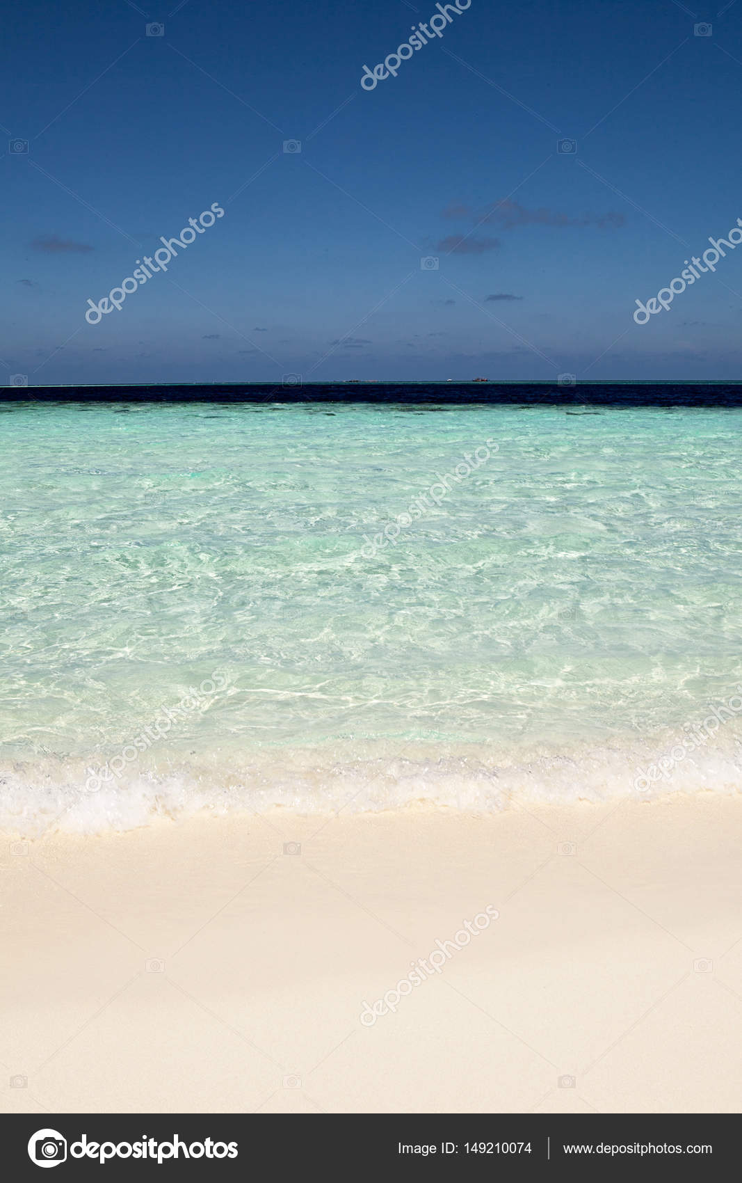 Sfondo Di Mare E Spiaggia Vuota Con Lo Spazio Della Copia Foto