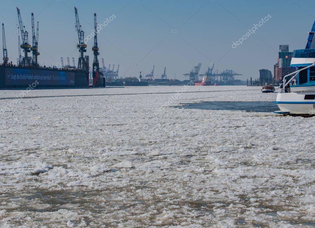 Ice floes in the Hamburg harbor Terminal Burchardkai