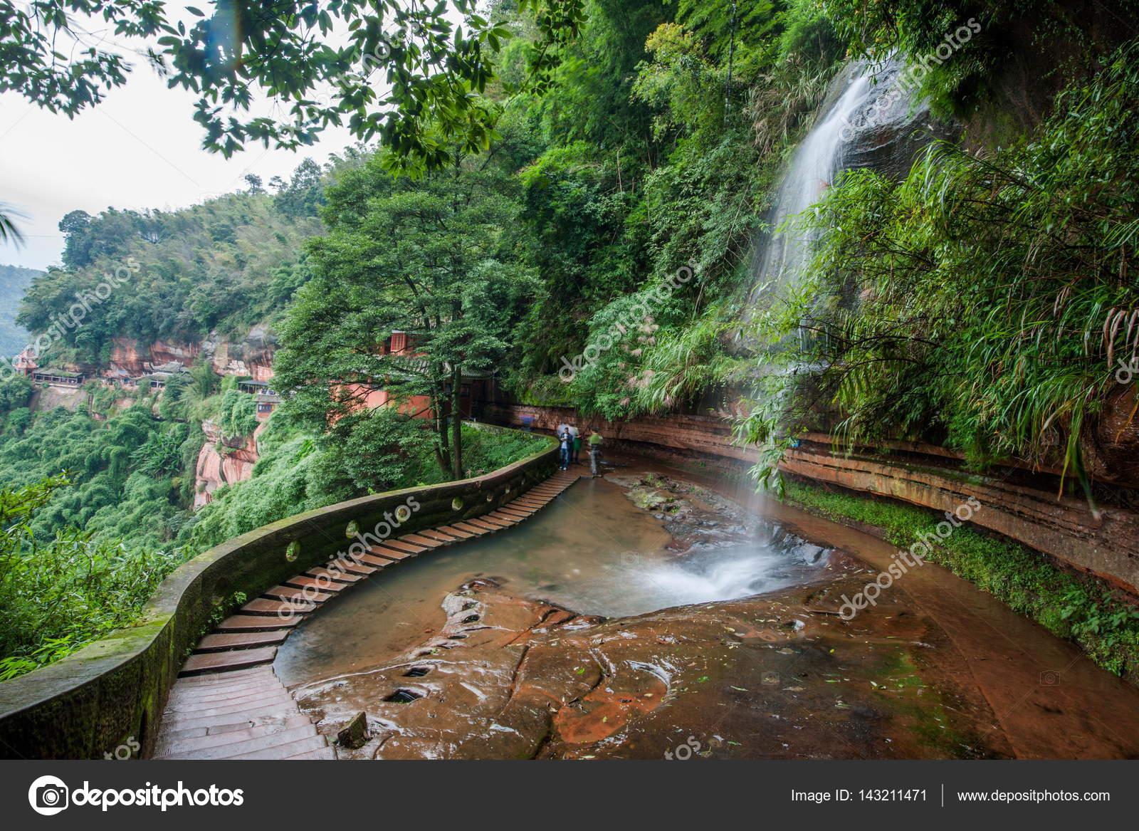 Wasserfall Im Bambuswald In Bambus Meer Aussichtspunkt In