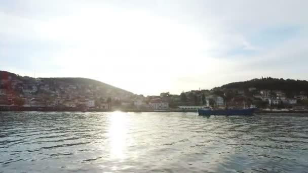 Kırsal Princes ada Burgazada görünümünü. Istanbul, Türkiye. 4k.