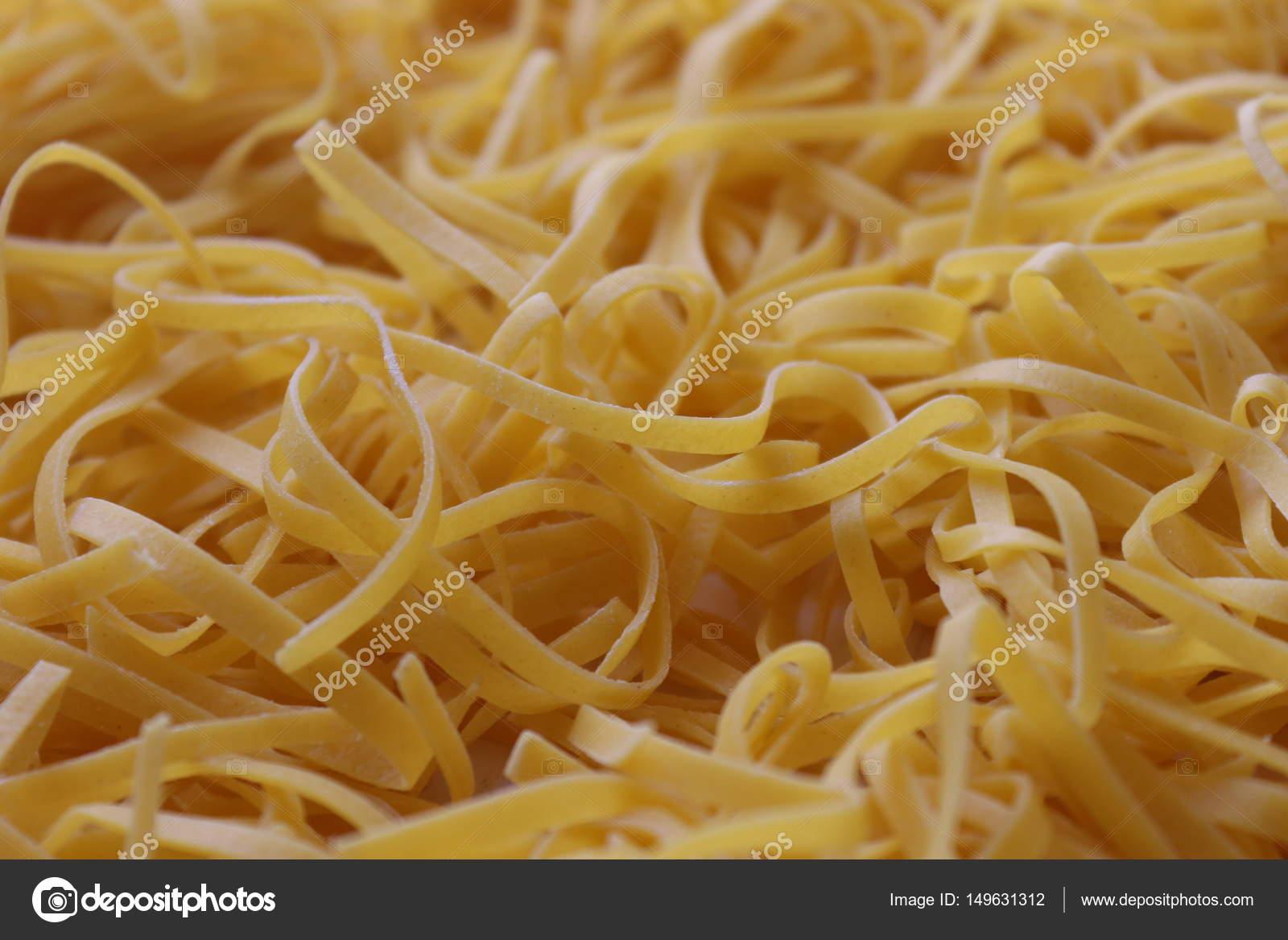 Tagliatelle, original italienische Küche — Stockfoto © frizio #149631312