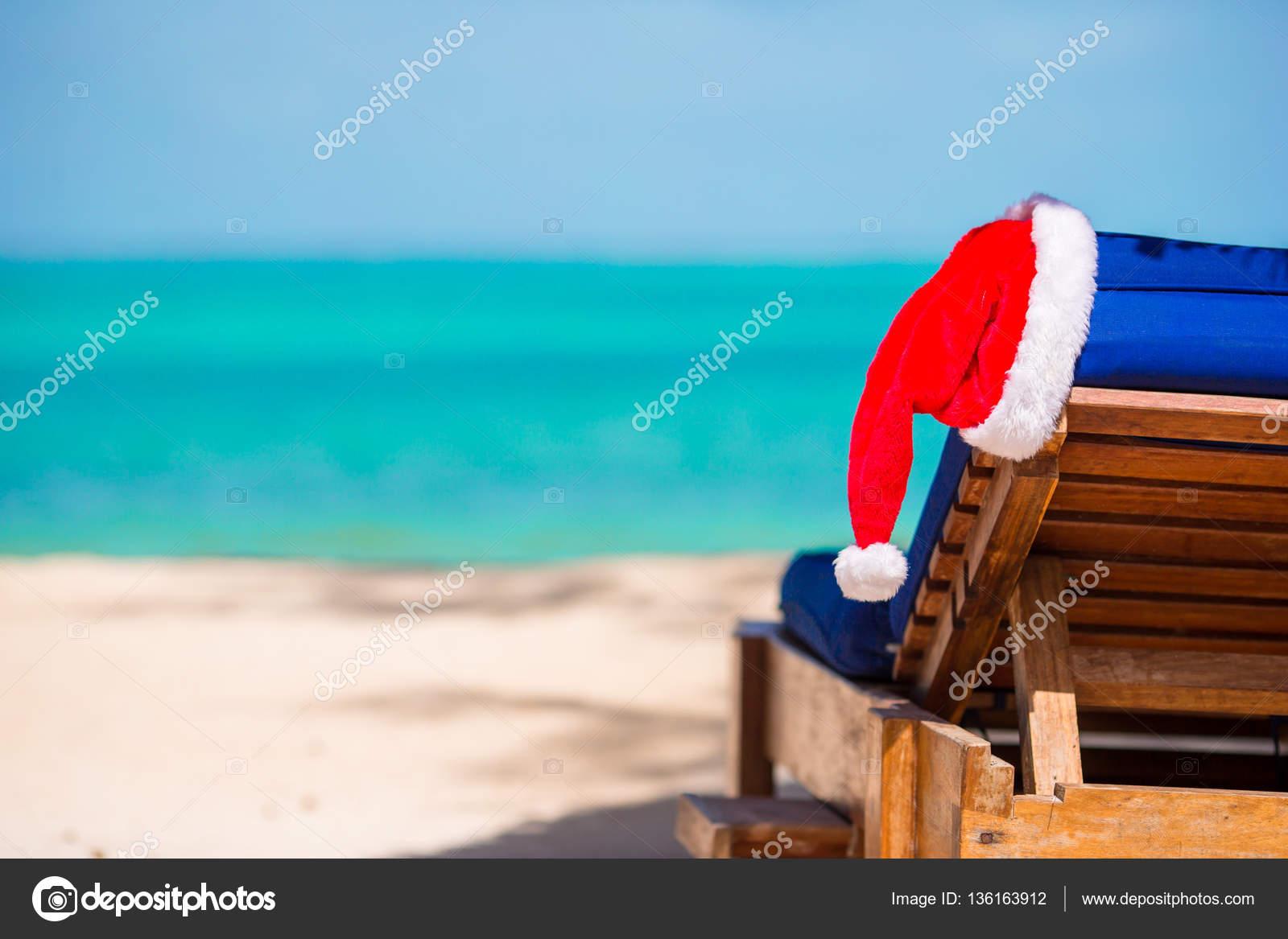 Claus Sur Avec Chapeau Plage Mer L'eau Chaise Longue De Santa b7v6Yfgy
