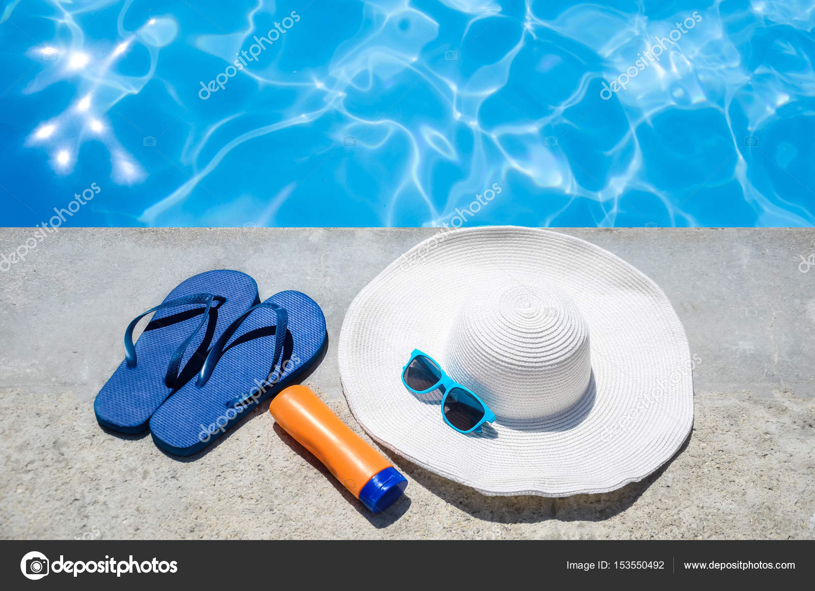 2f4f893881d8 Summer background with hat