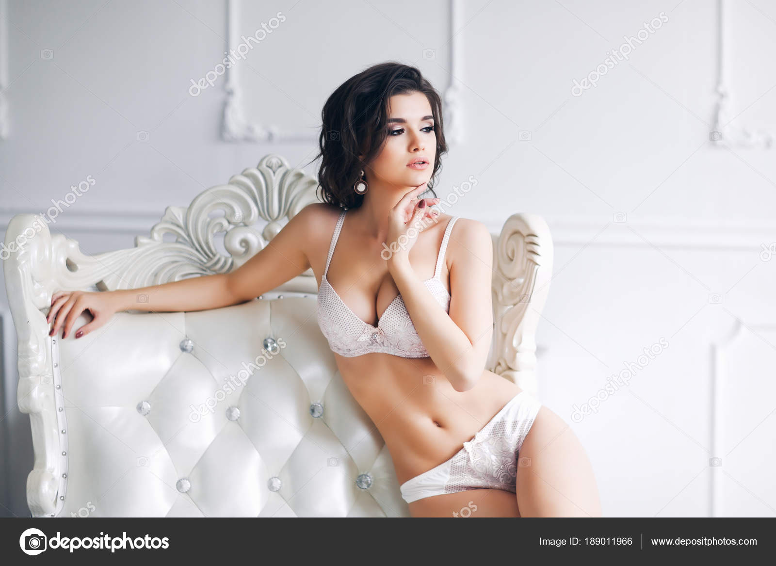 8b26c172cc5 Young Beautiful Woman Posing White Sexy Lingerie — Stock Photo ...