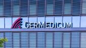 Gemeinde Germering, Landkreis Fürstenfeldbruck, Oberbayern, Deutschland: Schriftzug germedicum, Medizinisches Zentrum
