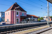 Gemeinde Germering, Landkreis Fürstenfeldbruck, Oberbayern, Deutschland: Hauptbahnhof, S-Bahnhof der S-Bahn-Linie s8