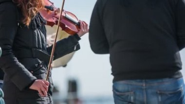 Female person playing violin