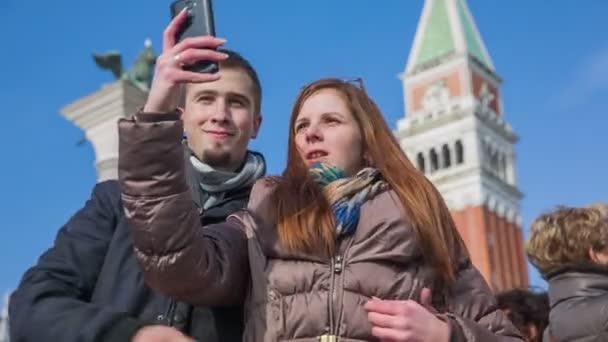 Einige dauern Selfie auf San Marco Platz