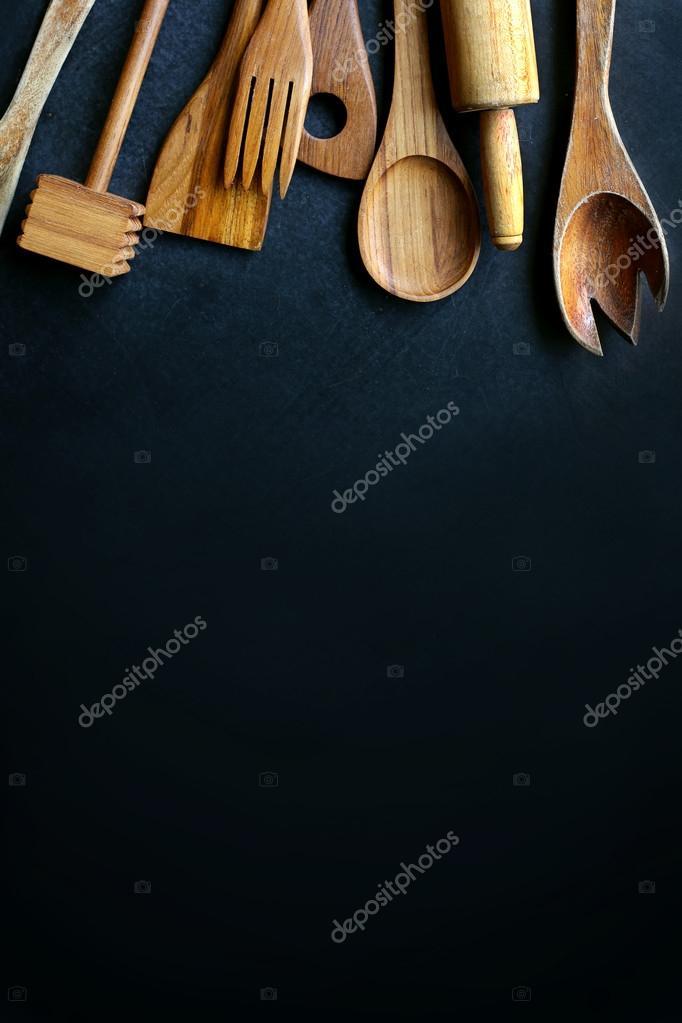 Utensilios de cocina Vintage madera, enmarcando el fondo pizarra ...