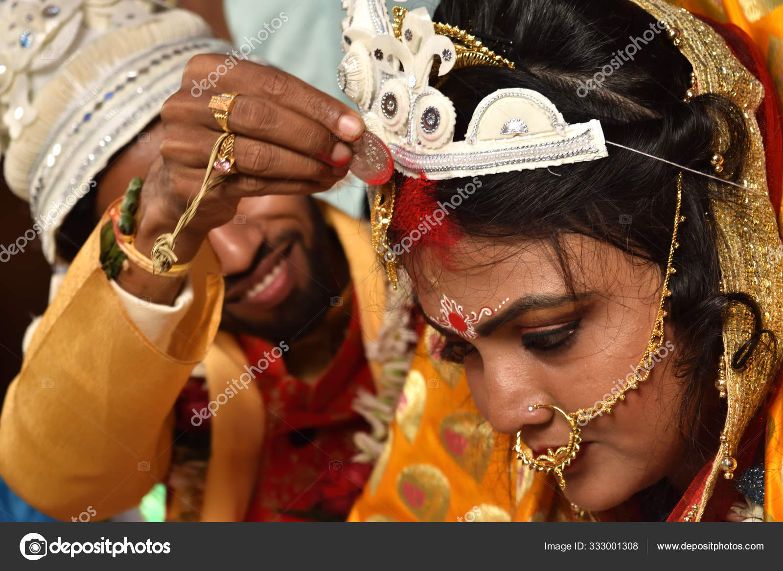 Rituals Of An Indian Bengali Hindu Wedding Is Going On Stock Editorial Photo C Mahata Somnath Gmail Com 333001308