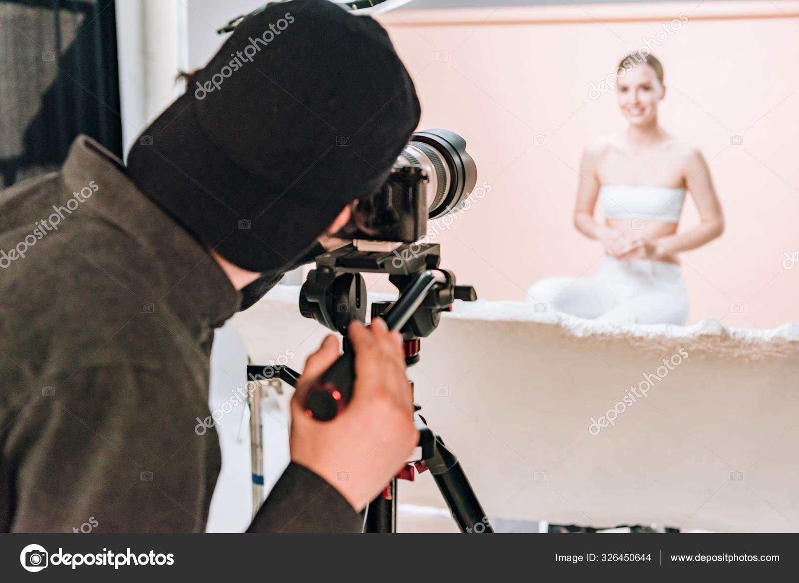 саратов работа оператор фотосалона плакатах графику, фотографию