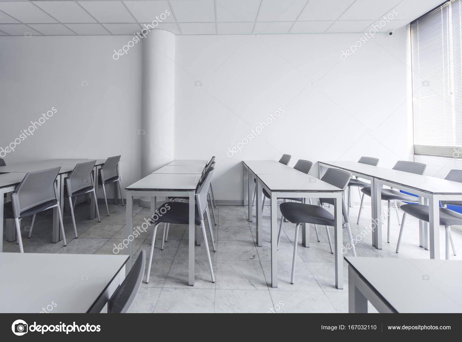 Modern High School Classroom : School design studio provide studios to support project based