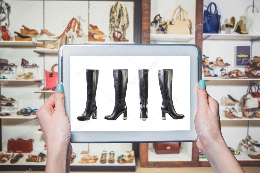 b9dbf3304b1 Γυναικεία παπούτσια online πώληση — Φωτογραφία Αρχείου © SergANTstar ...