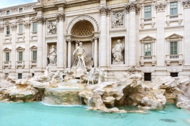 Travel to Italy - fountain Trevi, Rome