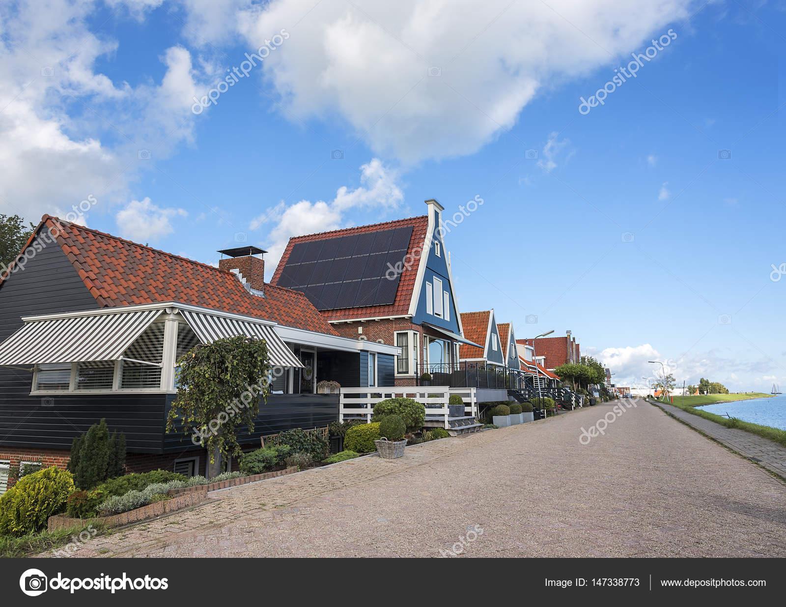 Häuser in den Niederlanden, Europa — Stockfoto © believeinme #147338773