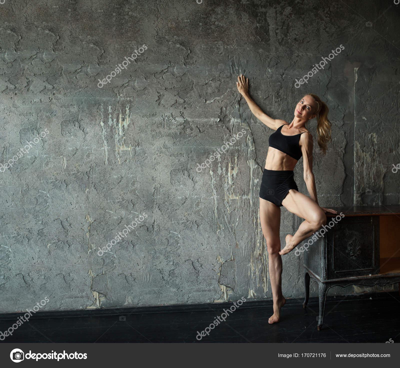 Hot nude black girl creampie