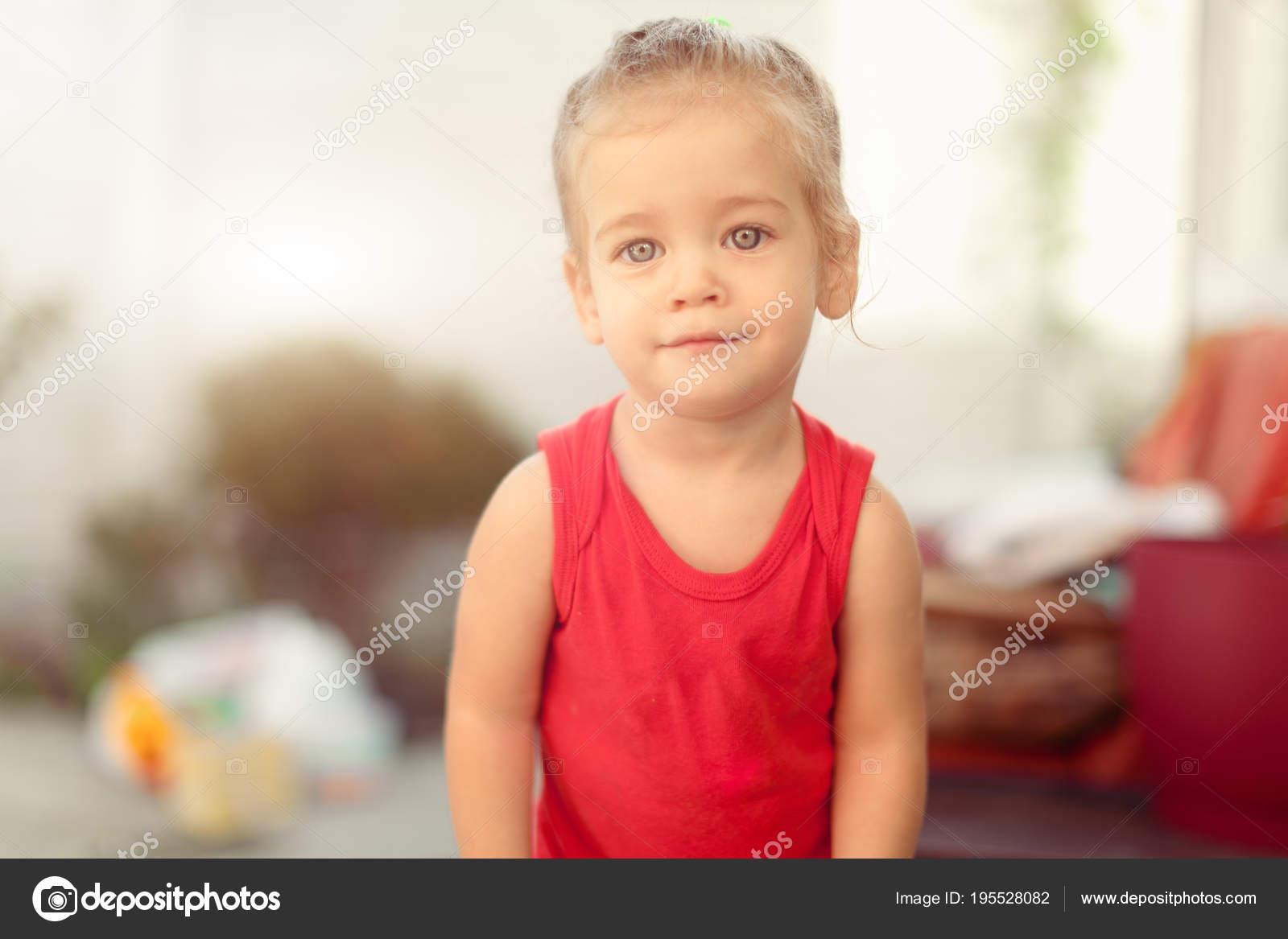 Ela Gözlü Kız Bebekler fotoğrafları