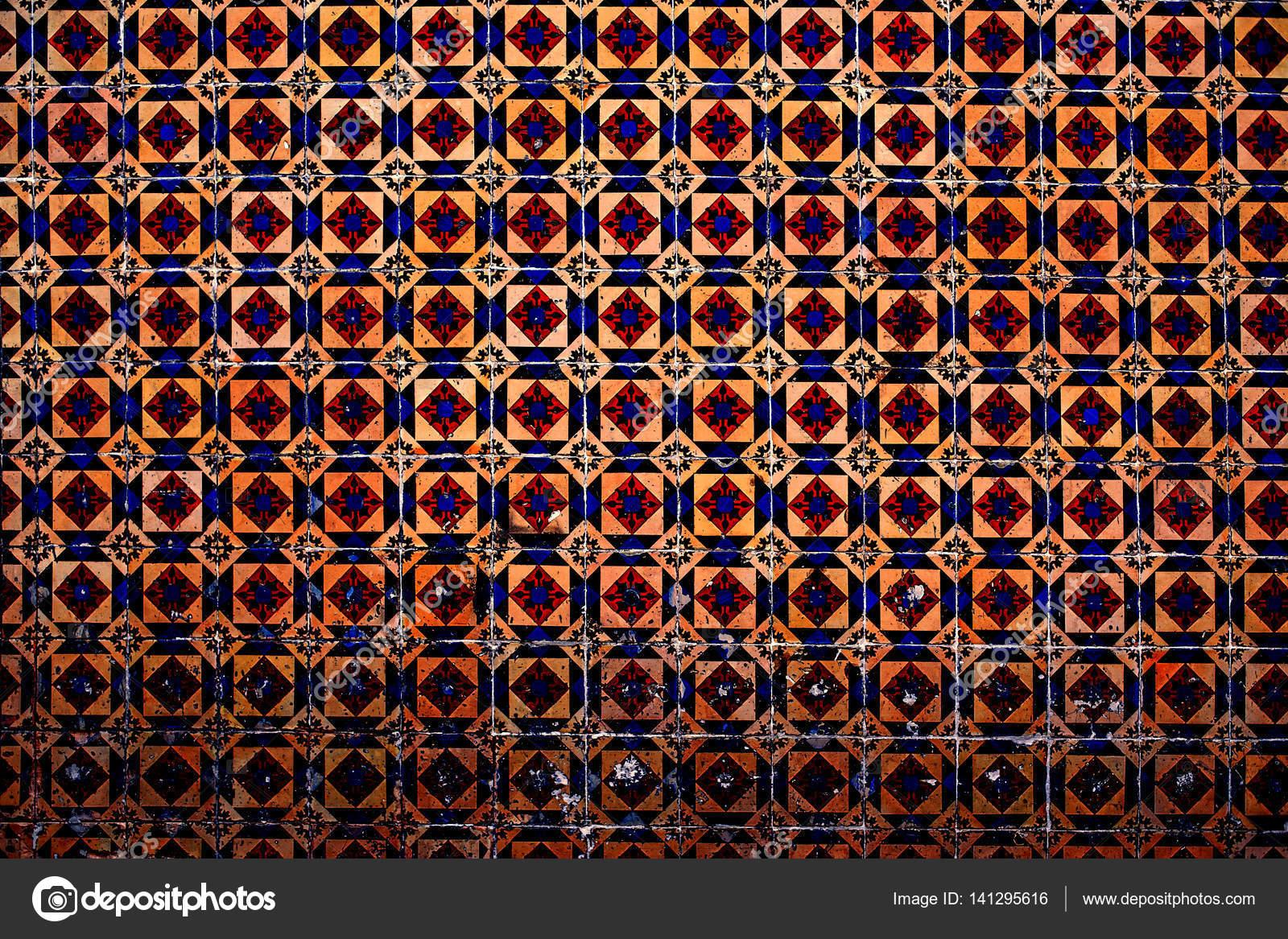 Piastrelle marocchine colorati rossi u foto stock zakharova