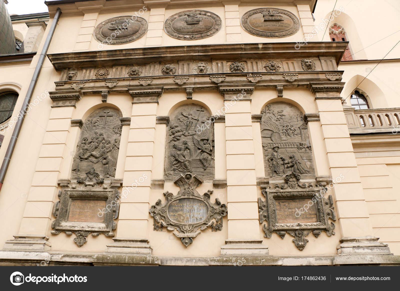 architektonische Elemente des alten europäischen Stadt, Relief, Tor ...