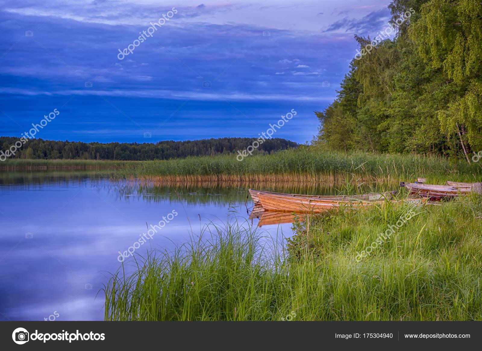 Оформить озеро на участке своими руками реально: советы по
