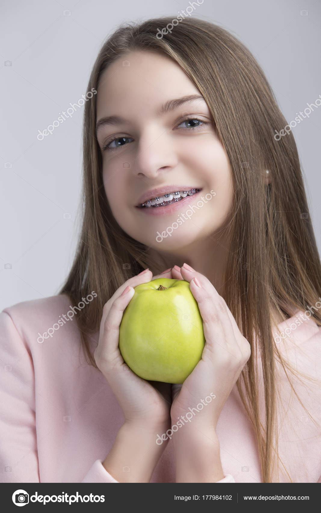 Tandheelkundige Concepten Portret Van Gelukkige Tiener Meisje Met