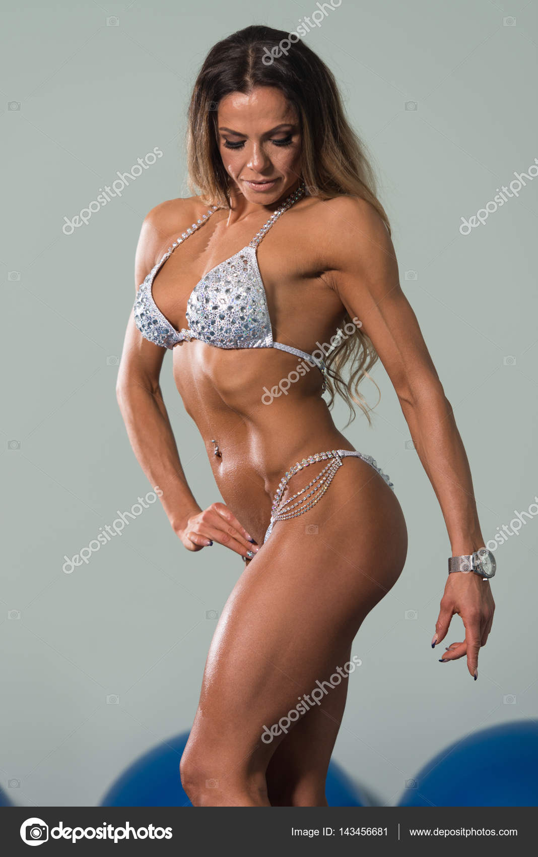 mature woman showing her well trained body — stock photo © ibrak