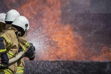 evde yangın söndürme itfaiye