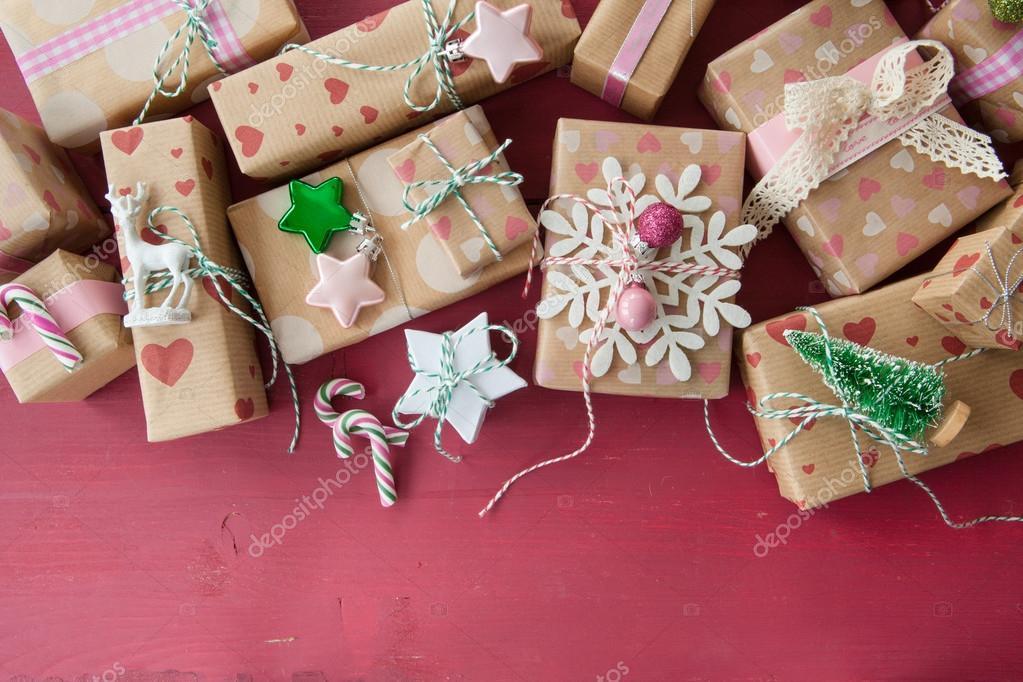 Kleine Geschenke Für Weihnachten Stockfoto Barbaraneveu 127517946