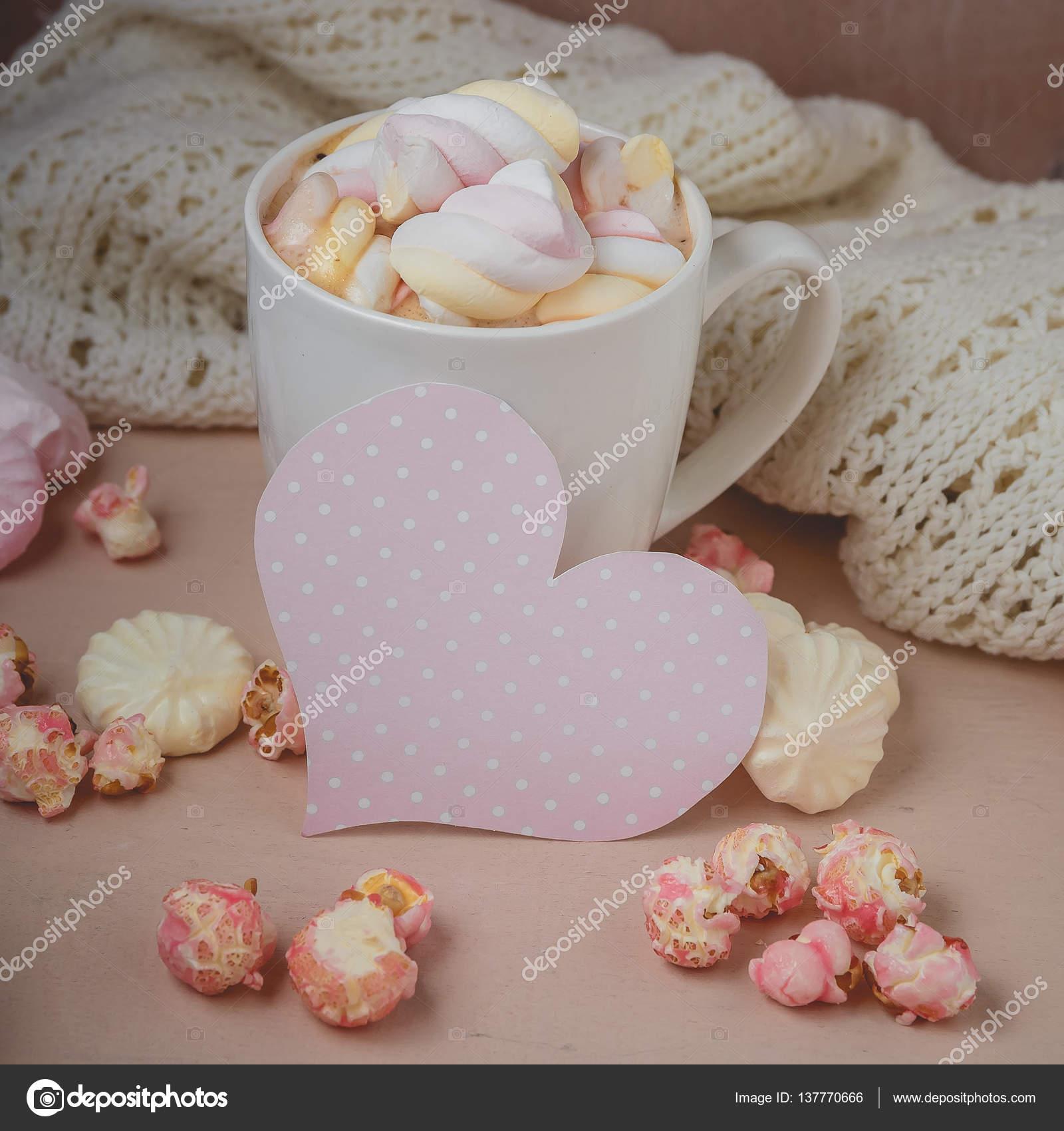 Guten Morgen Mit Heißer Schokolade Auf Holztisch Stockfoto