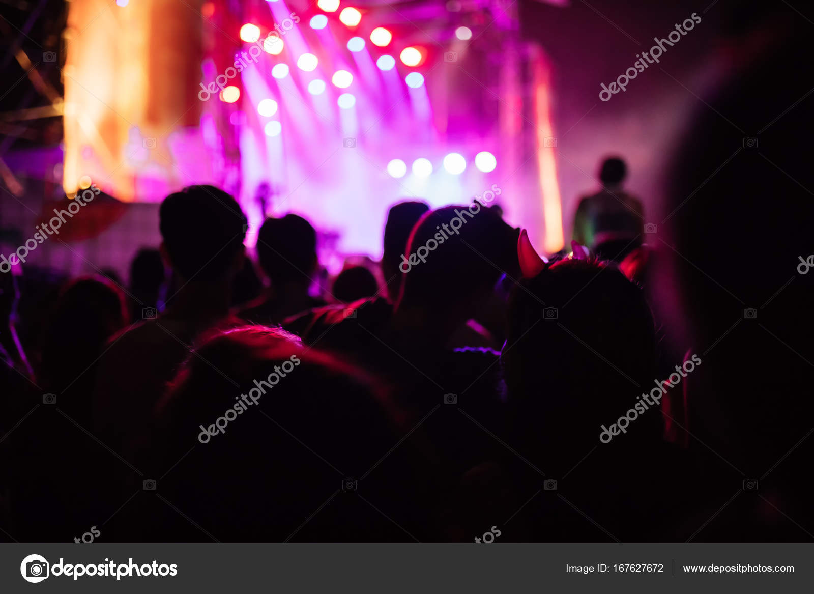 people at open air music concert — Stock Photo © Dangubic #167627672