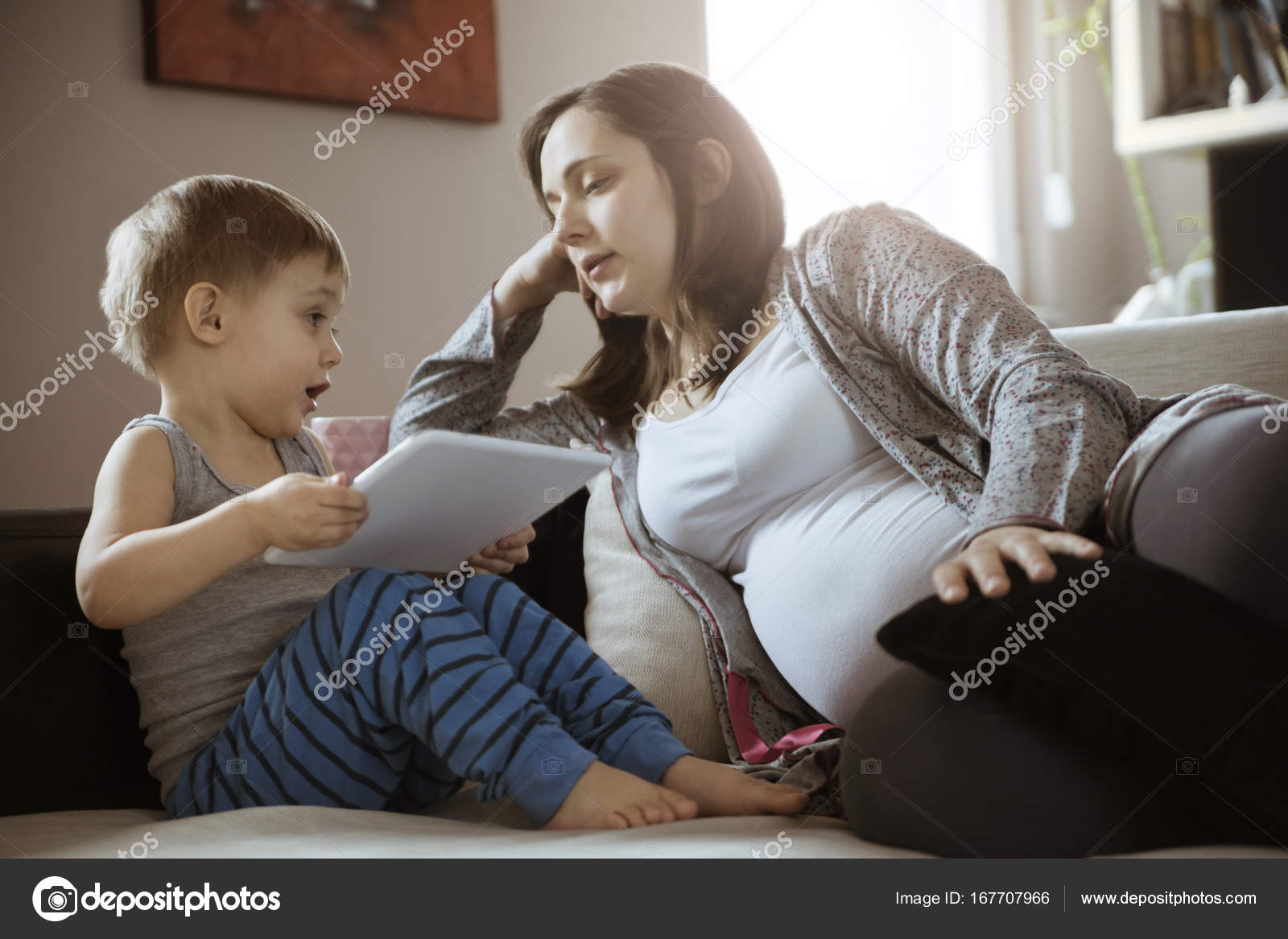 Imágenes Madres Solteras Embarazadas Mujer Embarazada Busca En El