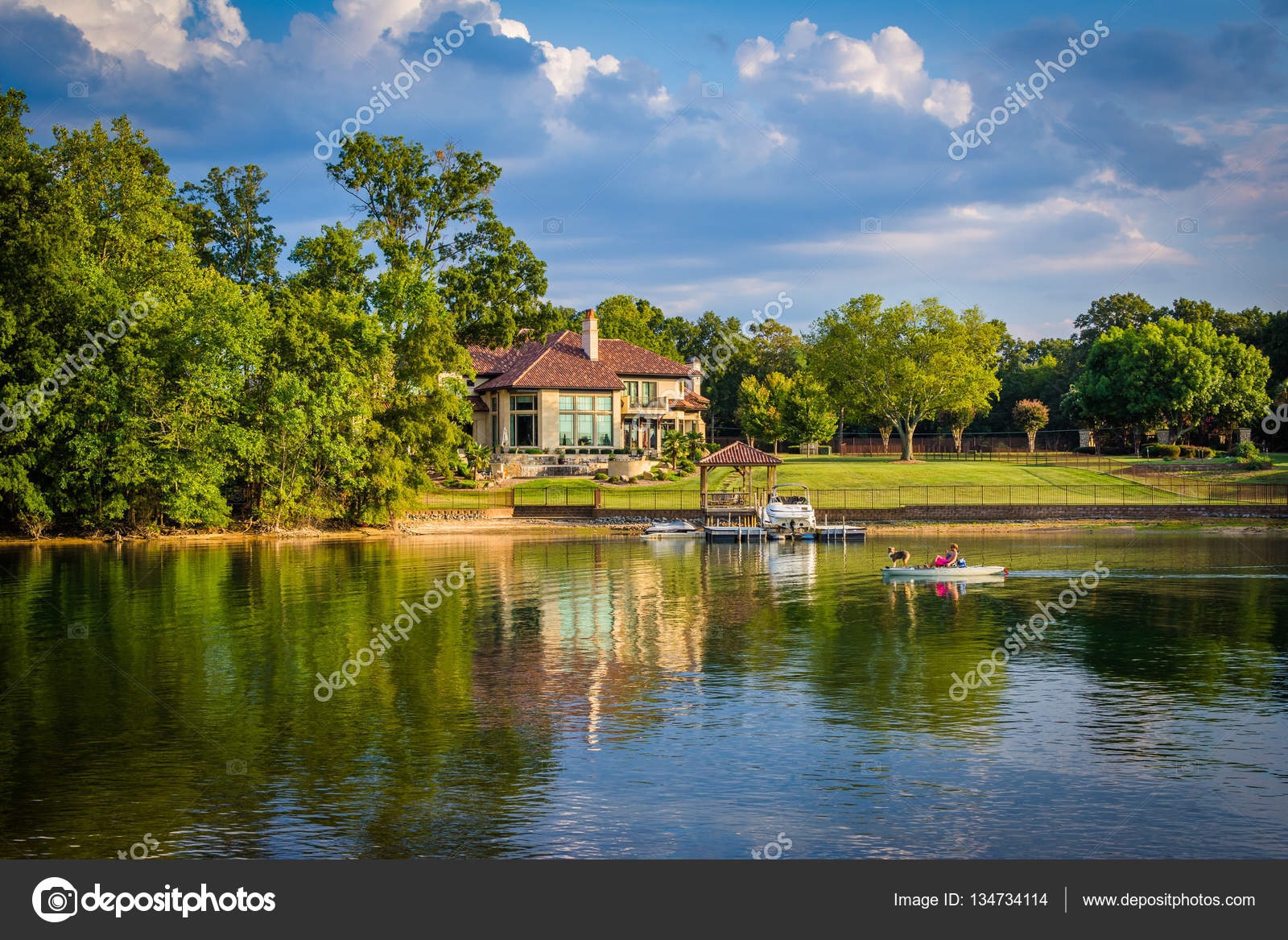 Casa en la orilla del lago norman en cornelius carolina for Lago n