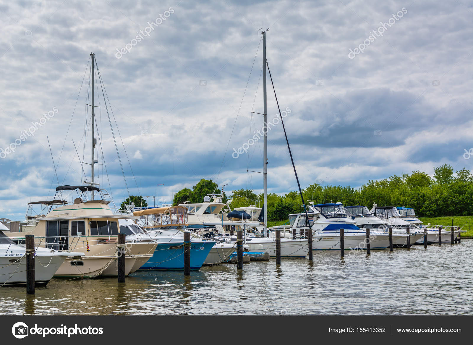 Boats in a marina in Havre de Grace, Maryland  — Stock Photo