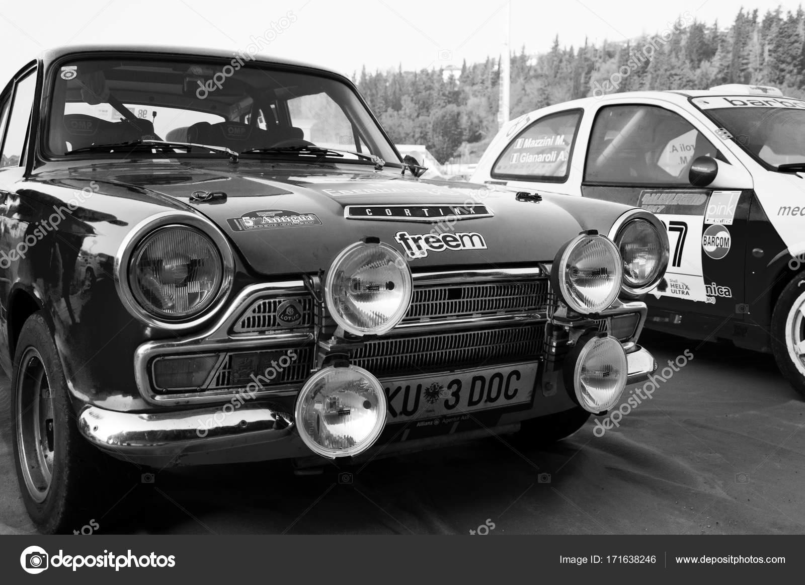 FORD LOTUS CORTINA 1965 old racing car rally – Stock Editorial Photo