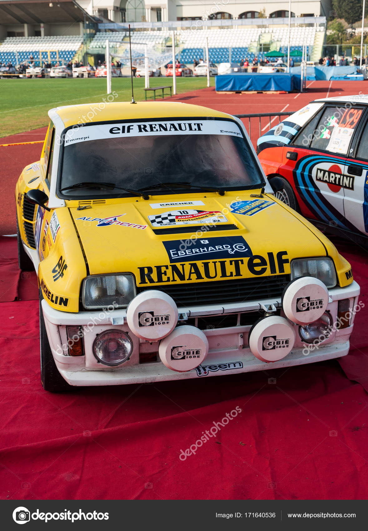 Photo R5 Gt Turbo Renault 5 Gt Turbo 1982 Old Racing Car Rally Stock Editorial Photo C Massimocampa 171640536