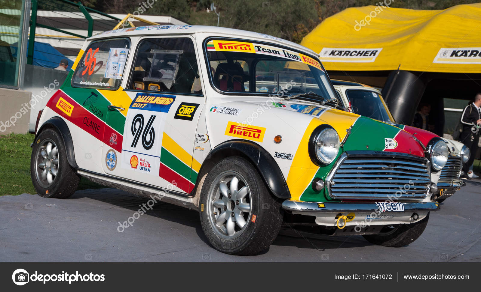 MORRIS MINI COOPER 1973 old racing car rally – Stock Editorial Photo ...