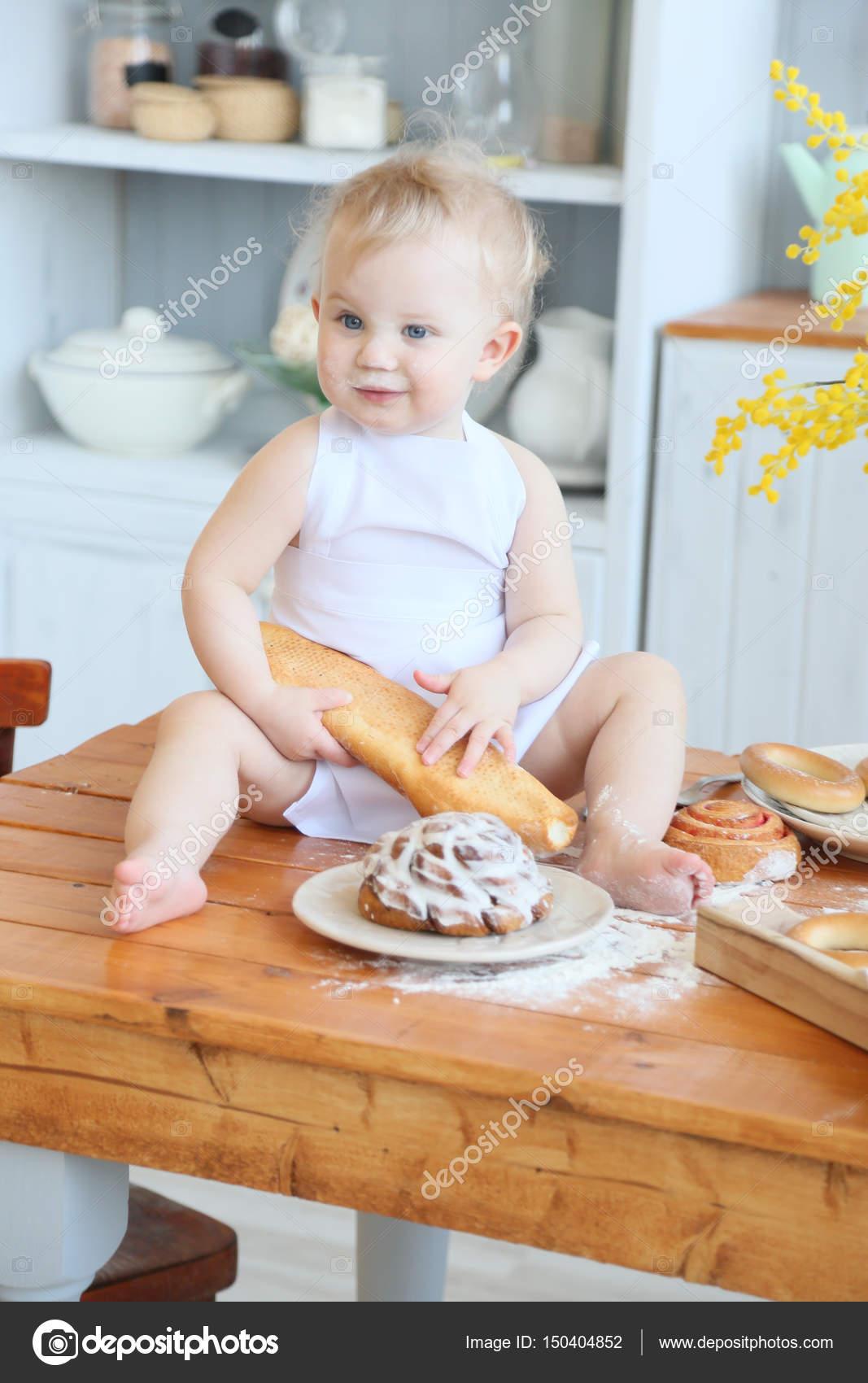 Cocinar pasteles caseros bebé. Principios de la primavera, Semana ...