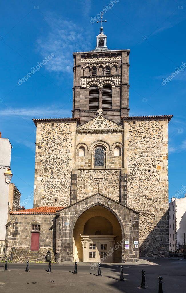 Basilica notre dame du port in clermont ferrand france fotografias de stock milosk50 - Basilique notre dame du port ...