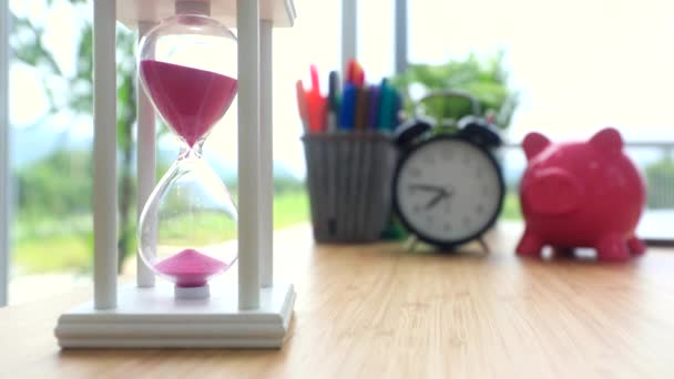 TimeLapse homokóra idő halad koncepció üzleti határidő, a sürgősségi és a menet az idő.