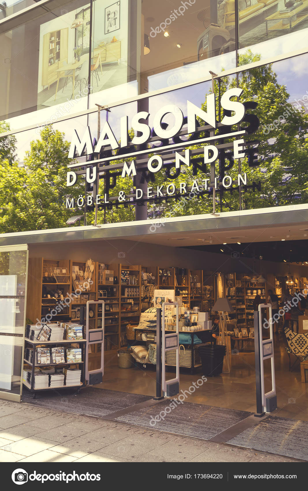 Dresden germany june 10 2017 maisons du monde store exterior is a french furniture and decoration company founded in brest in 1990 vintage style