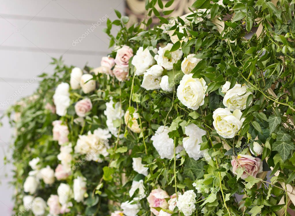 Wedding decor. A bouquet of flowers. Wedding arch. Wedding
