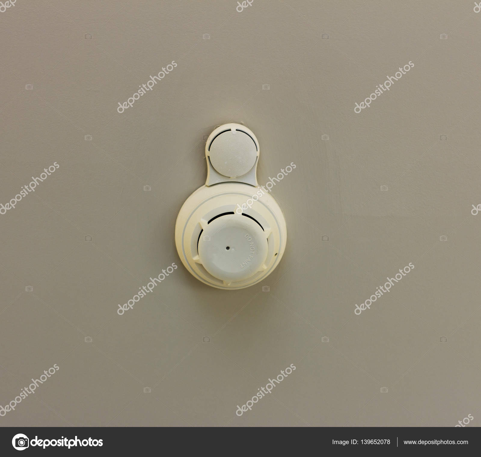 Fire Safety Sensor  Smoke detector Fire safety sensor in a