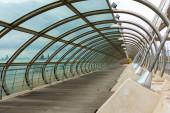 Zaragoza, Spanyolország / Európa; 2019.11.24.: A harmadik millenniumi híd (Puente del Tercer Milenio) részletei Zaragozában, Spanyolországban